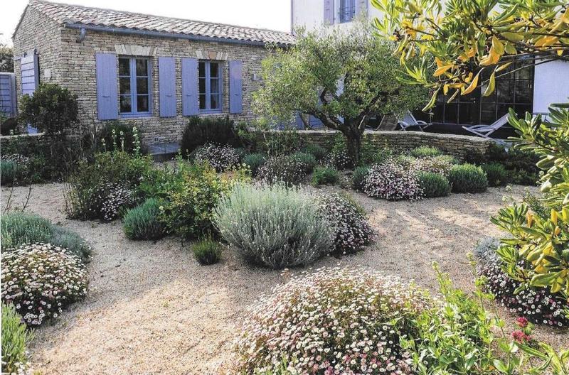 Image De Plein Pieds Maison Moderne : Terrain sec les conseils pour votre jardin de willemse